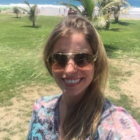 Débora Carvalho