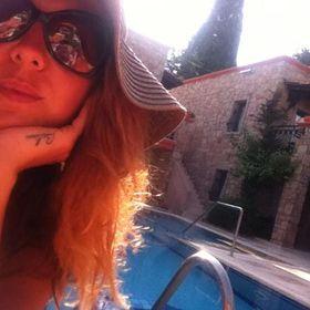 Sibel Melek