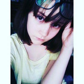Naomi Tay