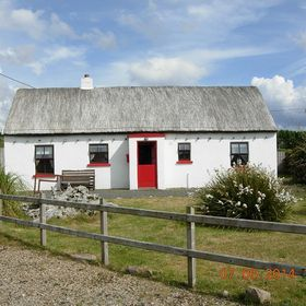 Mullaghduff Thatched Cottage