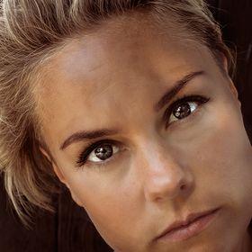 Anna P Kristensen