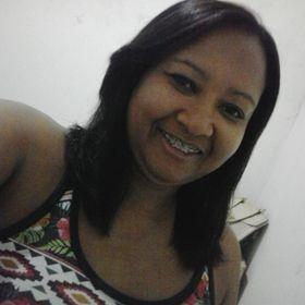 Iolanda Santos