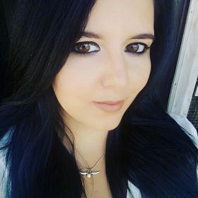 Carla Simoes