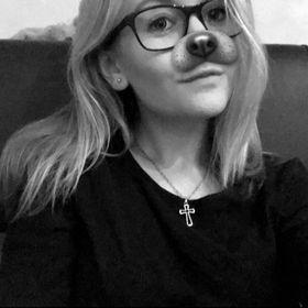 Natálie Uhrecká