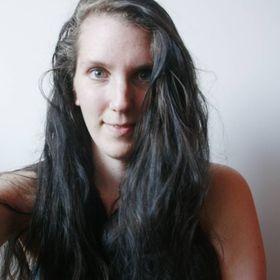 Bettie | The Wildflower Hippie | Lifestyle Blogger and writer