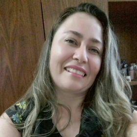 Perla Nogueira