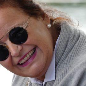 Monika Dercks