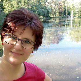 Apollónia Szabó
