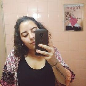 Mara Andrade