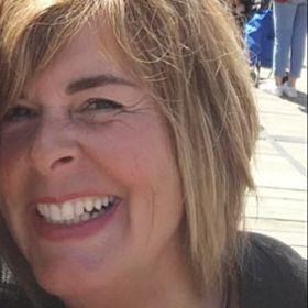 Marianne Weezepoel