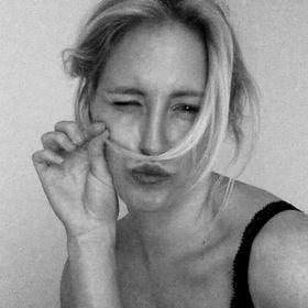 Camilla Åkerblom