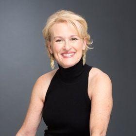 Laurie Hurley - Digital Marketer