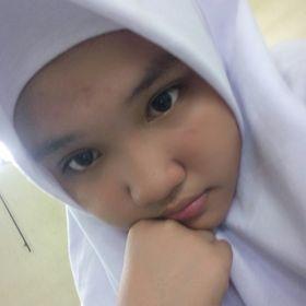 Leeyani Dwi