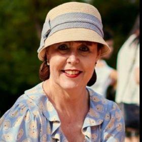 Suzy Walker