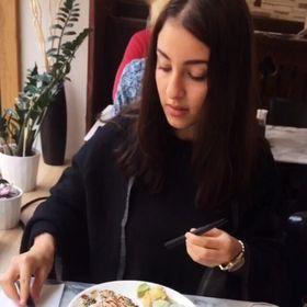 Jasmin Abouzeid