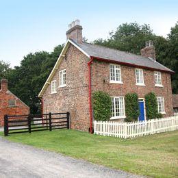 Holme Wold Farm Cottage