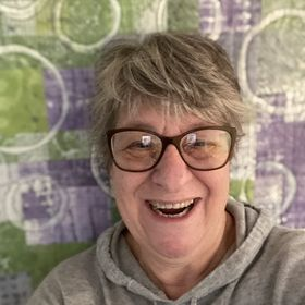 Lisa Walton - Textile Artist & Teacher