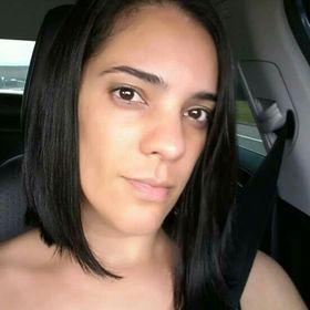 Mirielle Queiroz