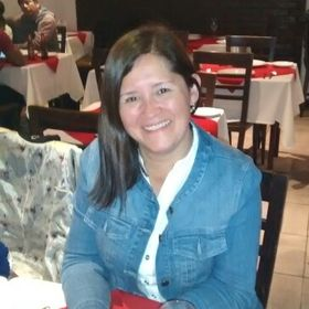 Andrea Violeta