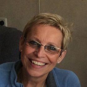 Roos-Mary Boudewijns-Benowitz