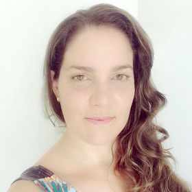 Daniella Barcellos Leal