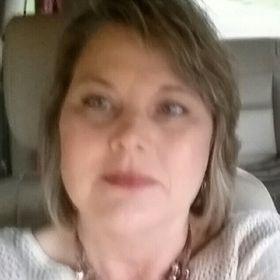 Julie Robbins (julierobbinsl) on Pinterest