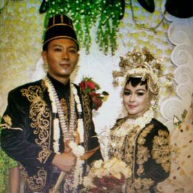 Tiwi Kurniawan