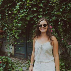 Lauren K  🌻