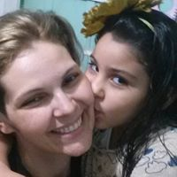 Renata Moya Medeiros