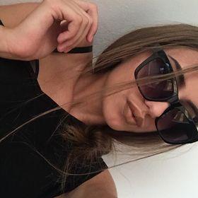 Viola Bámli