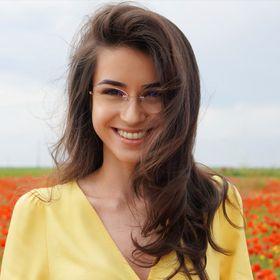 Adriana Dobre Hairdesigner
