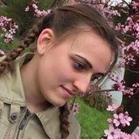 Adrienn Dihen