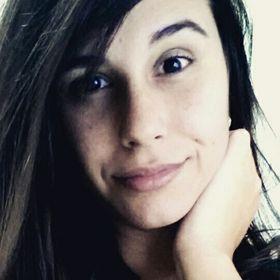 Marcella Tavares