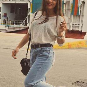 Алиса Гусарова