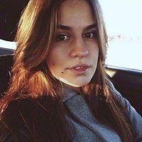 Юлия Вебер