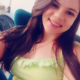 Nathália Nádia