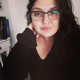Myria Zavrou