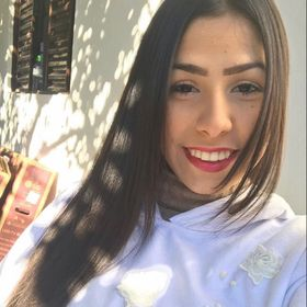 Aline Fernanda