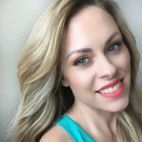 Nicole Bencurik ~Hand Tied Extensions~