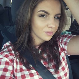 Larisa Lazarescu