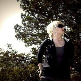 Suzy Brewer (skatbrewer) on Pinterest 09a962d7d186