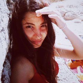 Sheyla G