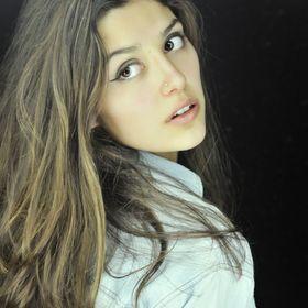 Maria Elisa Hoyos