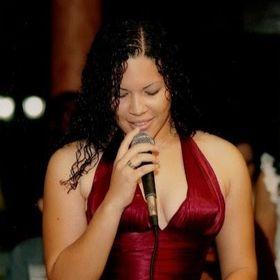 Zuleyka Roman