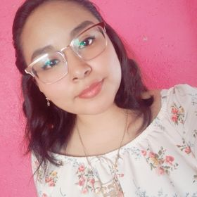 Leticia Hernández