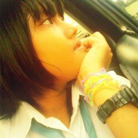 Lovetania Vicky Arindra