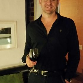 Christopher van den Blink