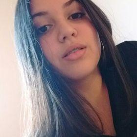 Izabela Medeiros