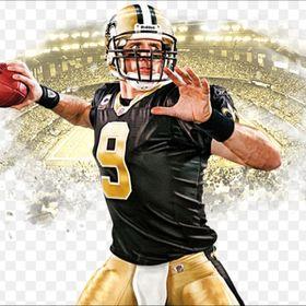 Drew Brees New Orleans Saints NFL Throwing Football Captain Poster 24X36   DREW