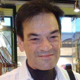 Michalis Papanikolaou